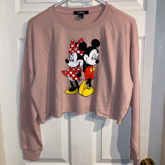 Disney Mickey and Minnie crop crew neck size M